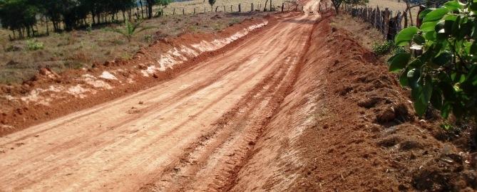 agrotiki-odopoiia-dirt-road
