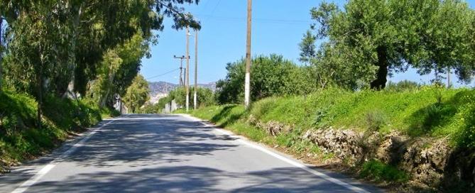 Ierapetra-dromos-pros-kentri-100_1108